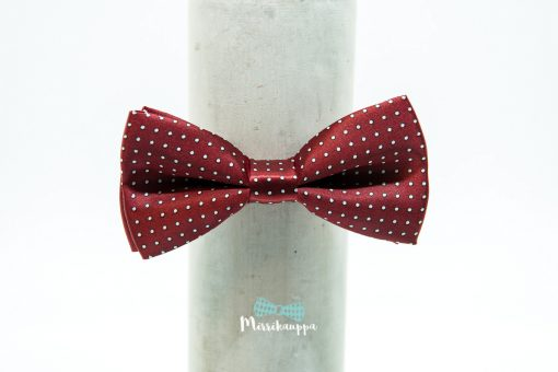 punainen-rusetti-valkoisilla-pilkuilla-mirrikauppa-rusettikauppa-rusetit-netista-verkkokauppa-miesten-pukeutuminen-haat-solmuke
